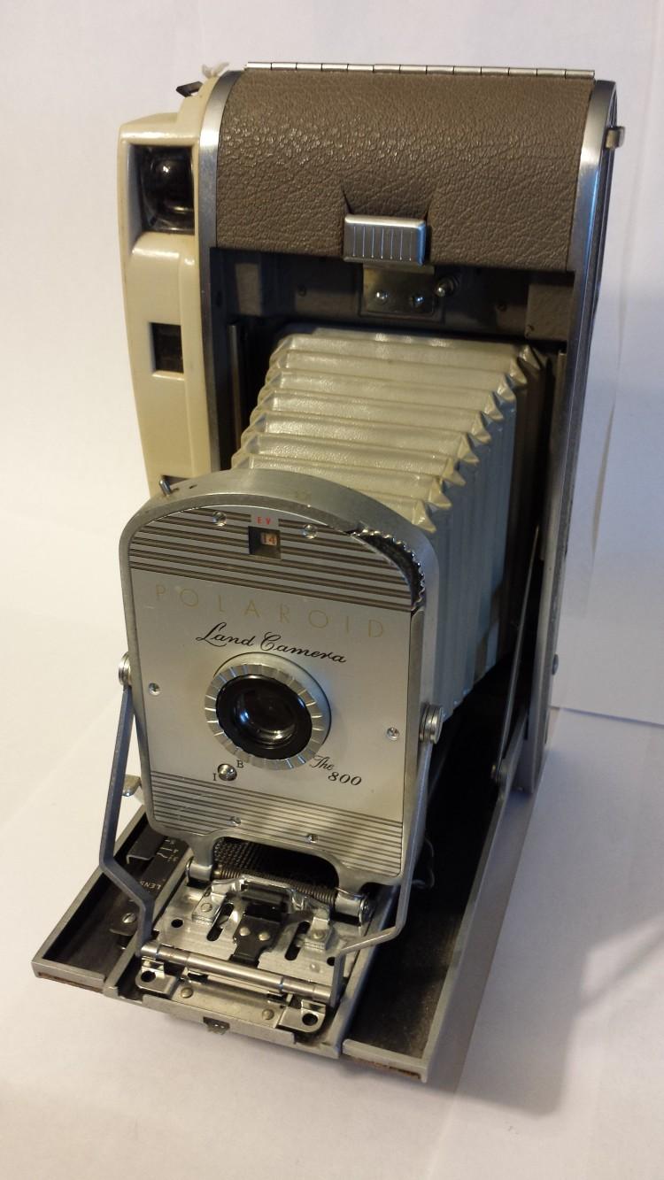 Polaroid Land Camera - The 800