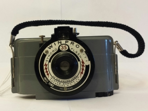 The Winpro Syncro Flash, this one labeled Winpro Camera Corp. 1948