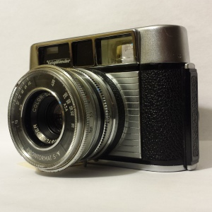 """A simple point-and shoot camera. On the bottom of the camera is specified """"Made in West Germany."""""""